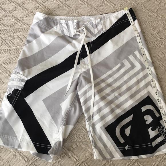 NWOT Men's Billabong Board shorts